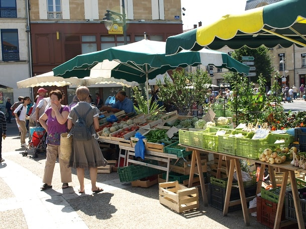 Market day in Bergerac