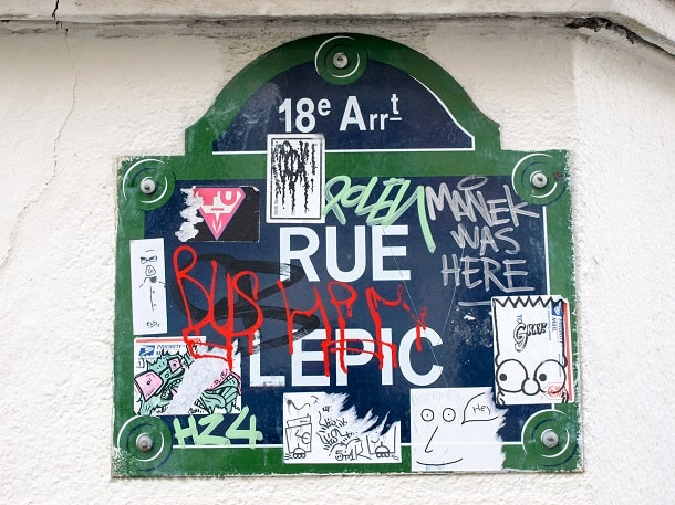Rue Lepic sign