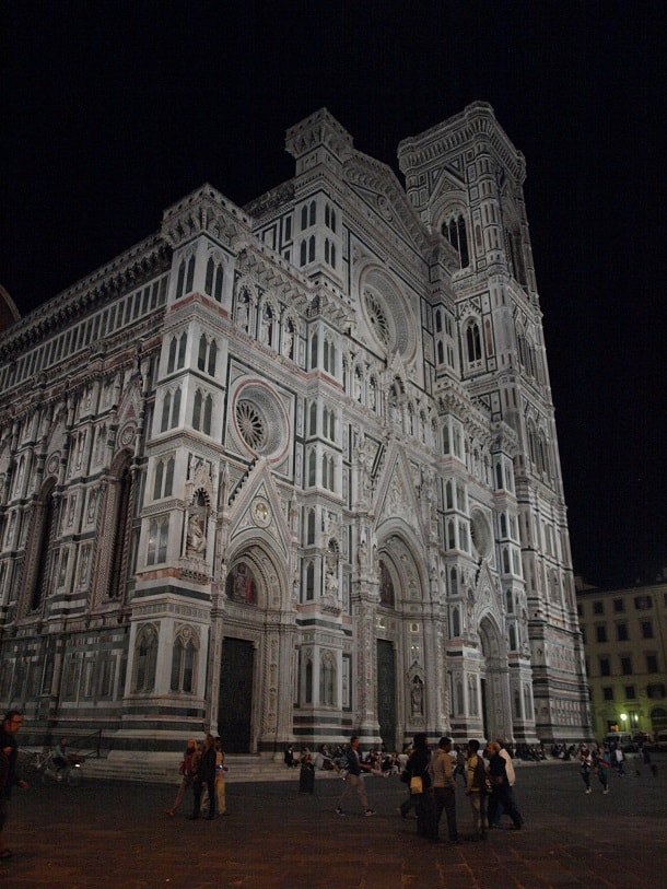 The Cathedral of Santa Maria del Fiore at night
