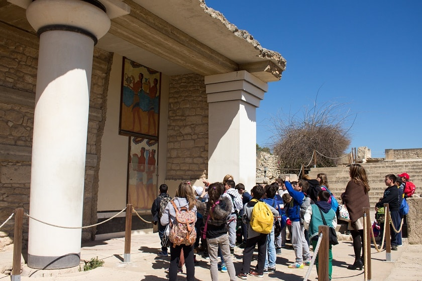 Learning in Knossos