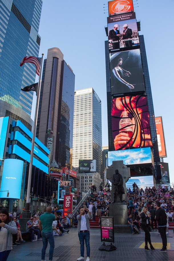 Duffy Square - the northern triangle of Time Squares