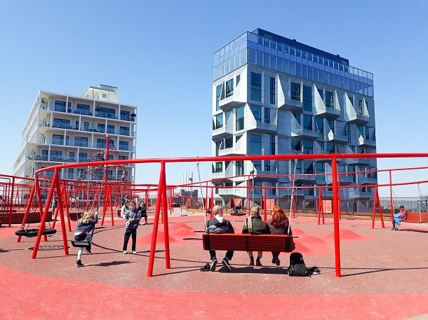 The playground on top of the parking house Lüders